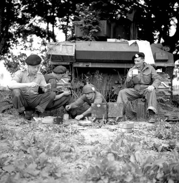 Photo of tank crew