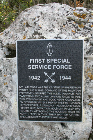 Photo of plaque to the FSSF on Monte La Difensa.