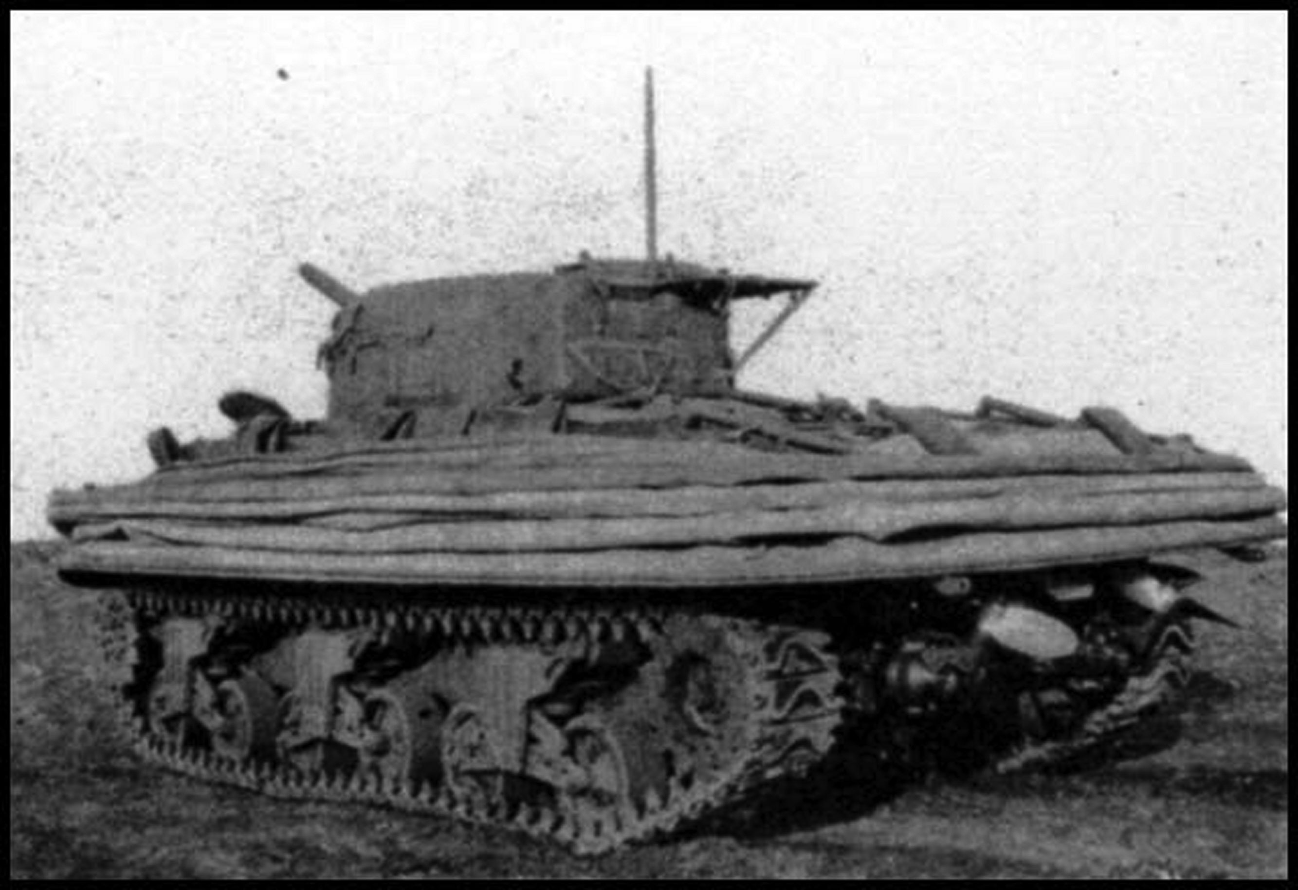 A Double Duplex tank with the floatation skirt lowered.