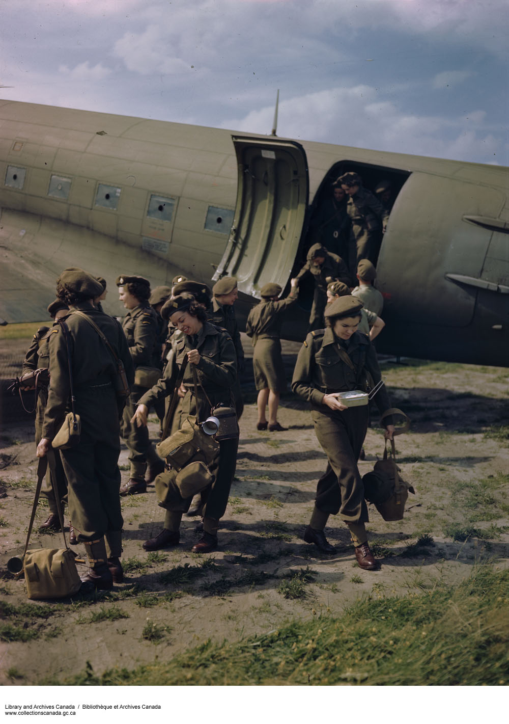 Photo of CWACs arriving in Holland