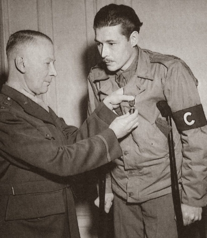 Léo Major being awarded his Distinguished Conduct Medal (DCM) c. 1945.