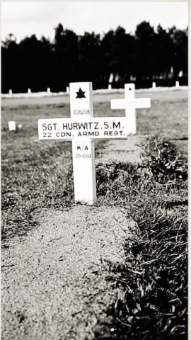 The temporary grave marker for Samuel Moses Hurwitz c. 1945.