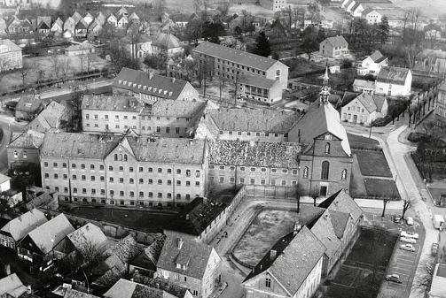 """Bird's eye view of the women's prison in 1957"" Vechta Prison, where Mona Parsons was held for almost two months before she escaped. Photo: Franz Schumacher."