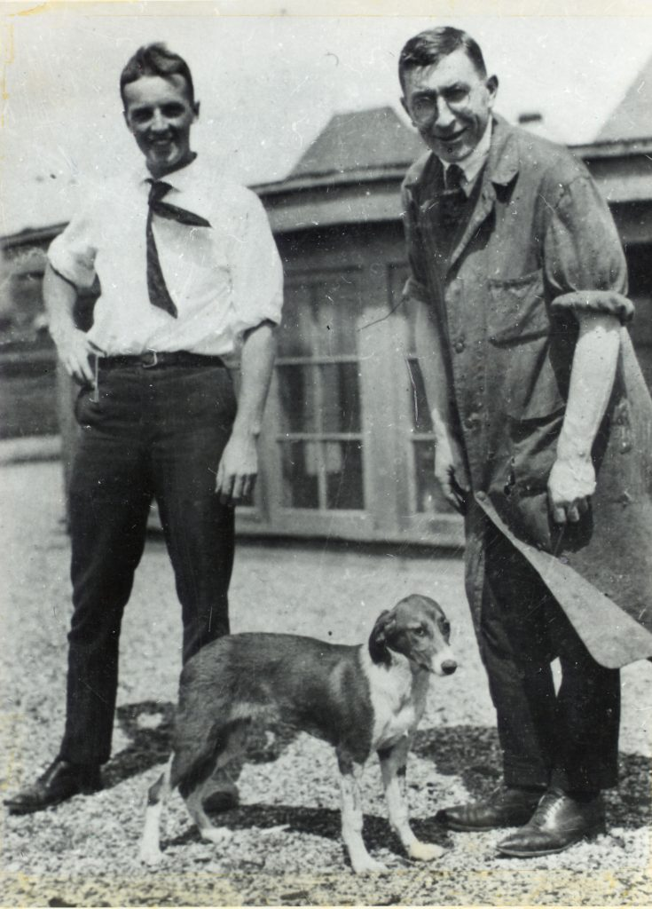 Banting and Best on the roof of the Medical Building with Dog #408.