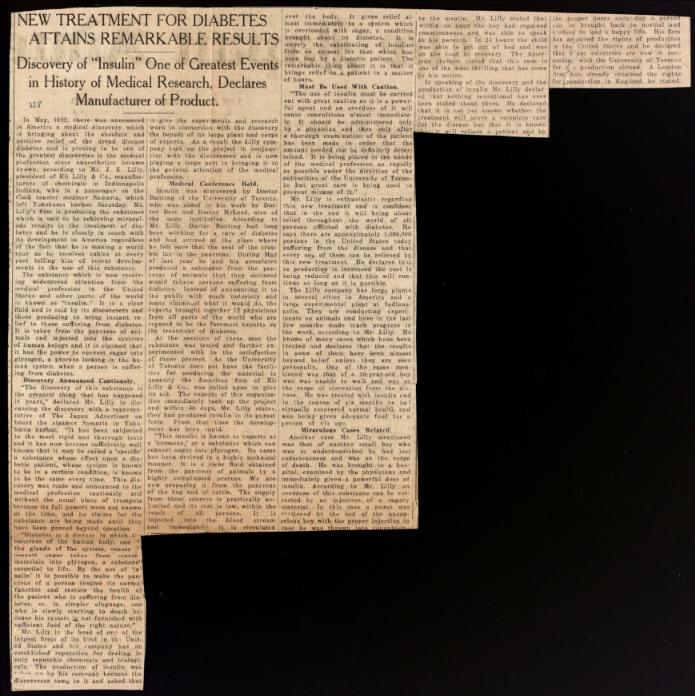 """Coupure de presse de l'annonceur japonais, le 4 mai 1923, intitulée """"Un nouveau traitement pour le diabète obtient des résultats remarquables"""" : Découverte de l'insuline, l'un des plus grands événements de l'histoire de la recherche médicale, Delcares, fabricant de produits"""". L'article présente la découverte de l'insuline du point de vue de la société Eli Lilly. M. J. K. Lilly, un touriste au Japon en mai 1923, a été la source d'information."""